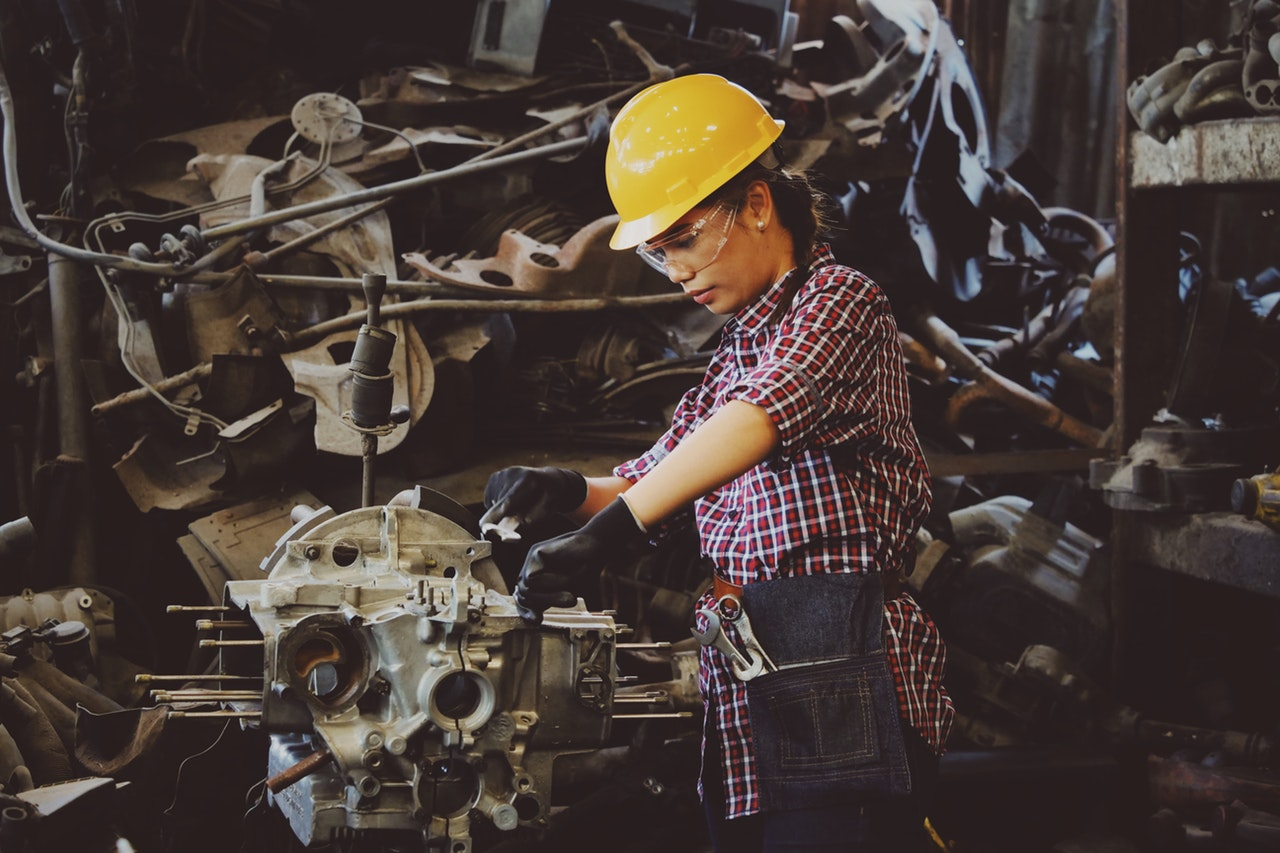A Guide To Maximizing Profits From Your Machine Tools - machine tools