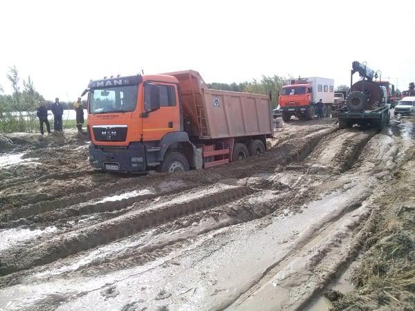 Acquiring Used Dump Trucks Through Dump Truck Leasing - dump trucks